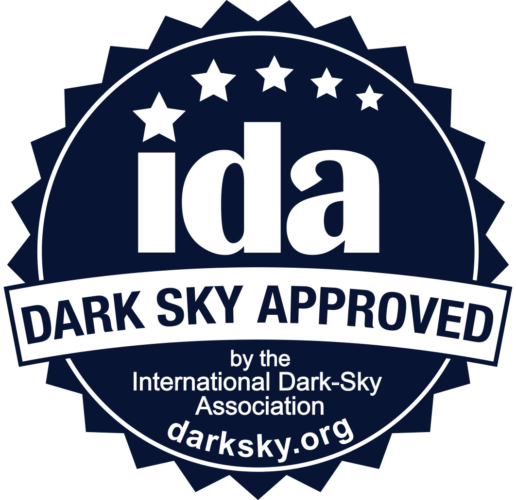 "IDA's Fixture Seal of Appeal logo that says, ""Dark Sky Approved."""