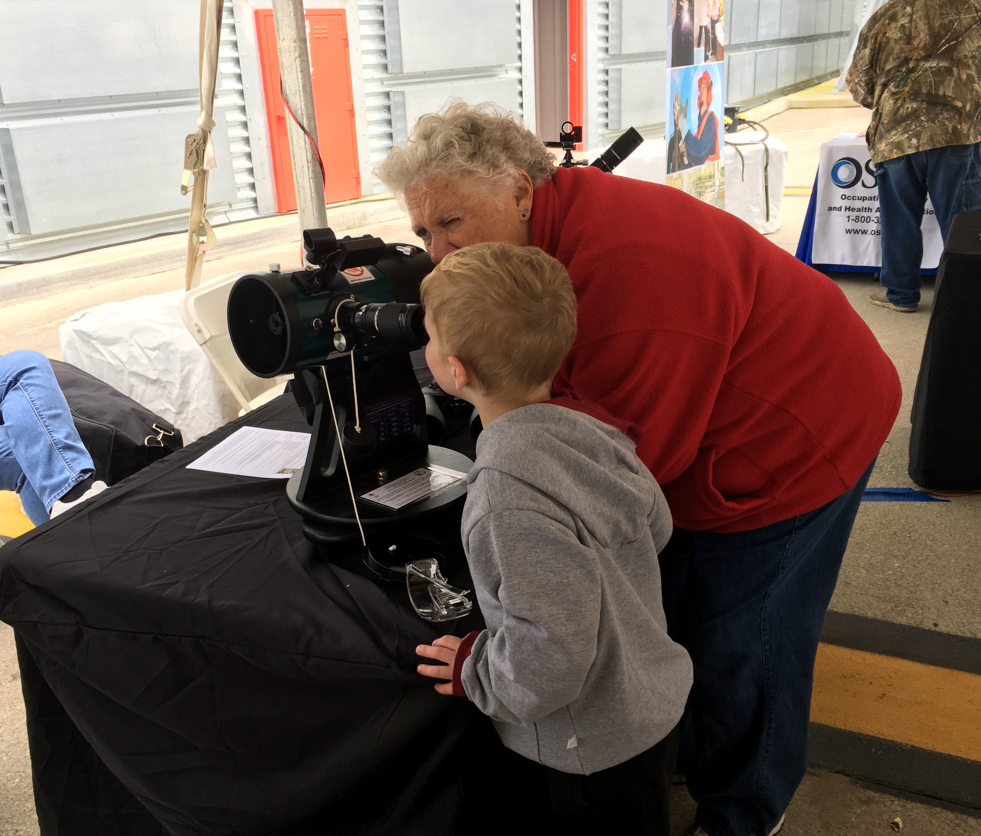 Library Telescope Program Connects Communities to the Cosmos Thumbnail